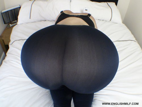 Big ass in leggings